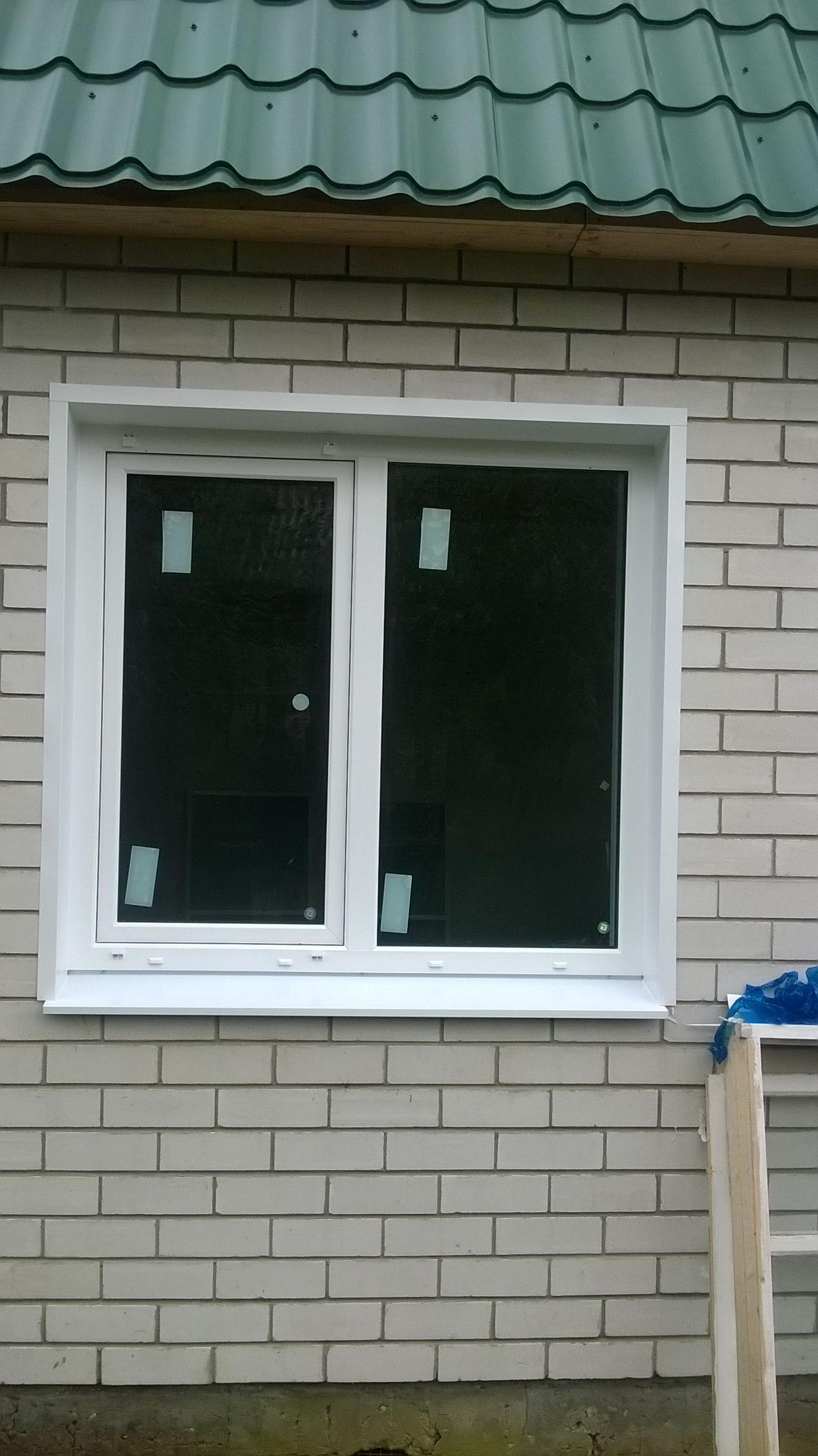 okno-pvh-s-narujney-otdelkoy