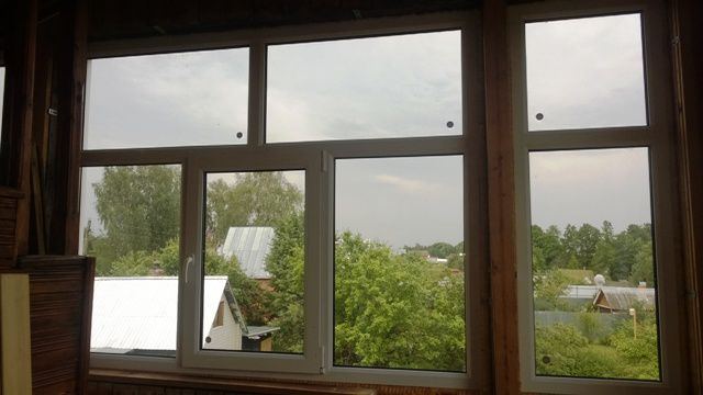 osteklenie-balkona-pvh-okna