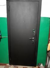 Фото сделано сотрудниками компании Окна и Двери наружная сторона